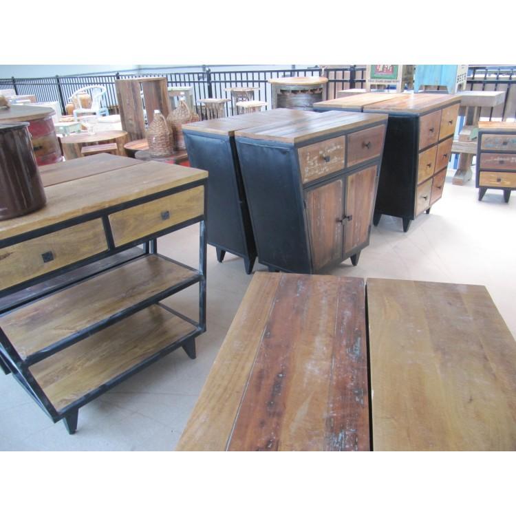Retro meubilair retro design meubels verlichting woon kadoaccessoires - Koloniale stijl kantoor ...