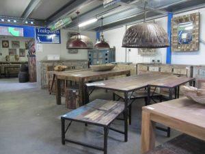 brocante industriële tafels 1
